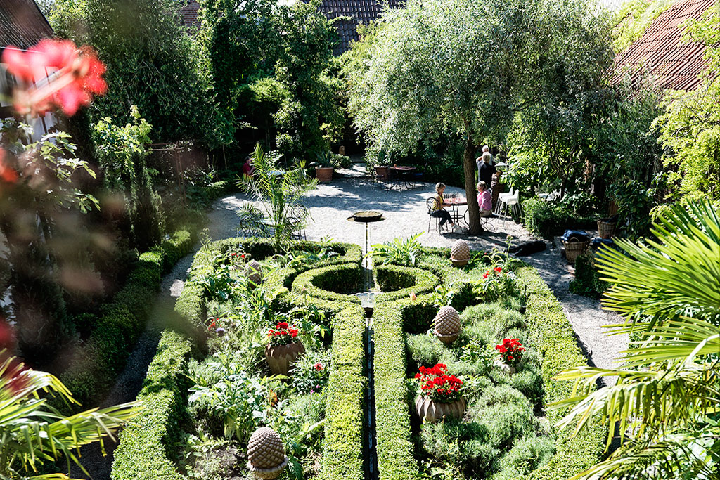 himlamycketsverige tipsar om Apotekarns trädgård i Simrishamn