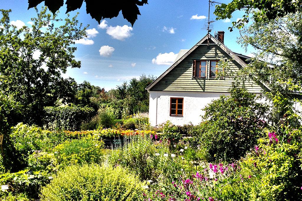 himlamycketsverige besöker Åbergs trädgård